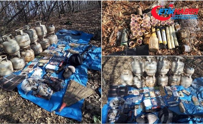 Bingöl'de terör örgütüne ait 6 odalı sığınak bulundu
