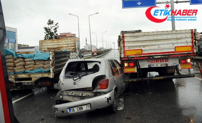 Yalova'da zincirleme kazada 'tabelalar şaşırtıyor' iddiası