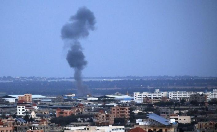 İsrail, Gazze'deki Hamas hedeflerini vuruyor