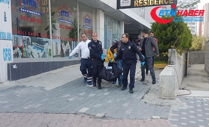 Esenyurt'ta rezidansın 10. katından düşen kadın hayatını kaybetti