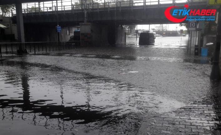Şiddetli yağış sonrası Unkapanı köprüsünde erkek cesedi bulundu