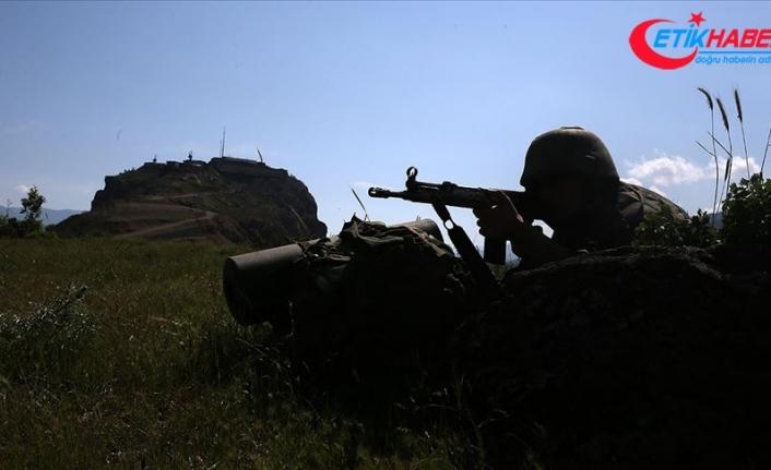 Diyarbakır'da gri kategoride aranan terörist Semra Tuncer yakalandı