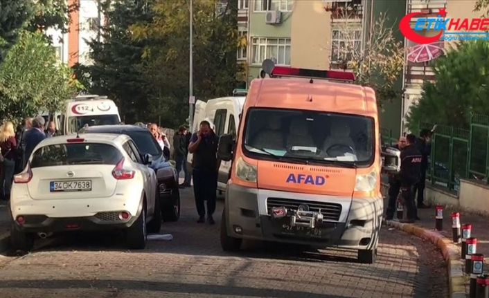Bakırköy'de 3 kişi evde ölü bulundu