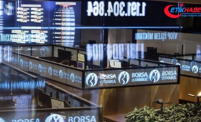Borsa, günün ilk yarısında 111.000 puanı aştı