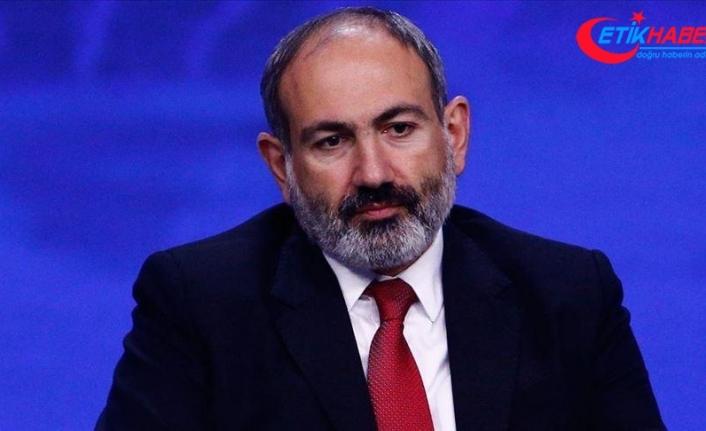 Ermenistan ordusu, Başbakan Paşinyan ve hükümetin istifasını talep etti