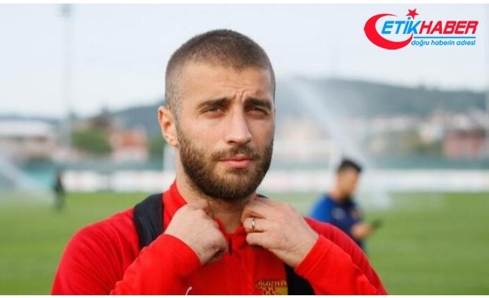 Galatasaray'da savunmaya yeni aday Alpaslan Öztürk